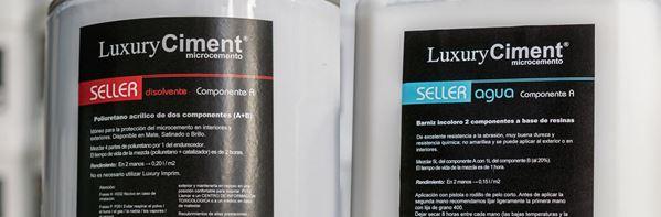 Selladores para última capa de protección, que lo hace impermeable y apto para zonas húmedas