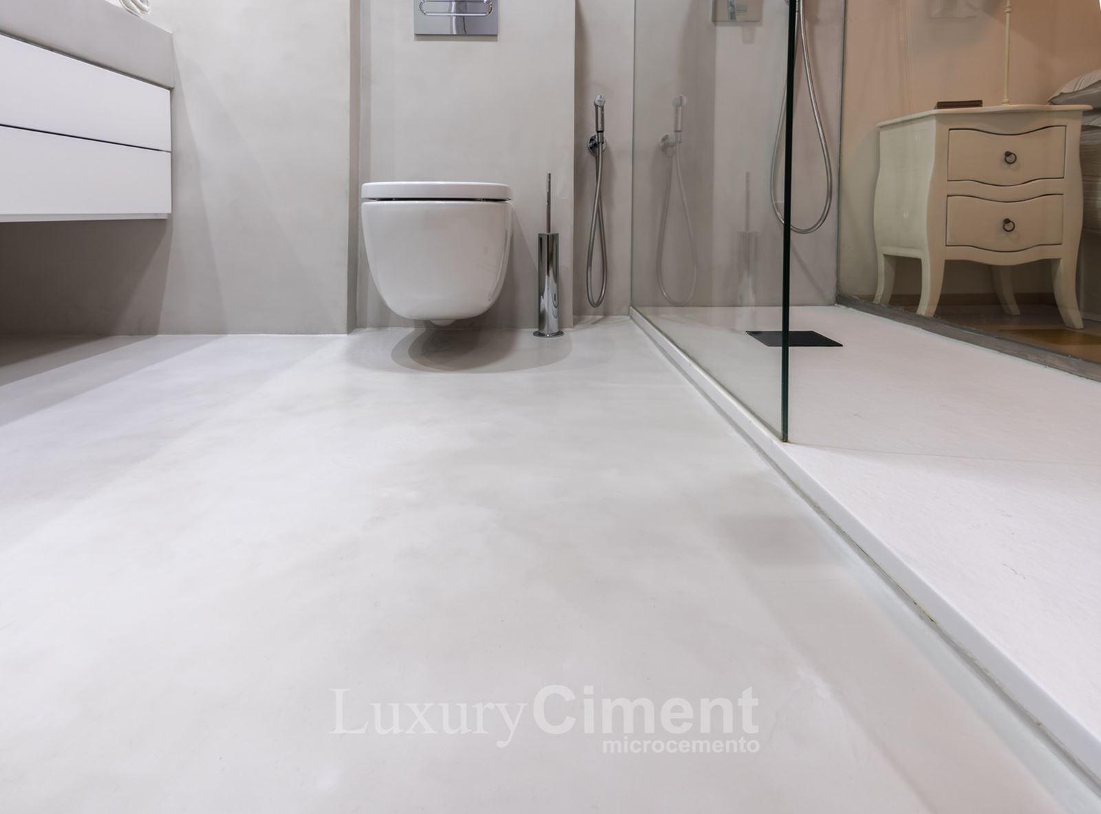 Microcemento en suelos paredes ba os cocinas para - Suelos para bano ...