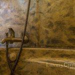 Detalle Bañera revestida con microcemento donde se aplicó Purpurina Collection Oro