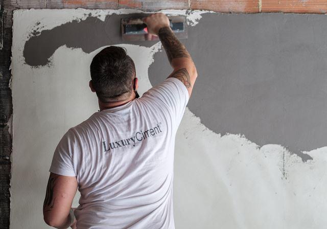 cursos de aplicación de microcemento paredes